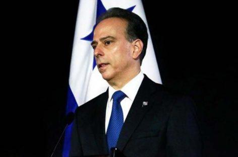 Canciller panameño habla sobre Venezuela y temas bilaterales con diplomáticos de EEUU