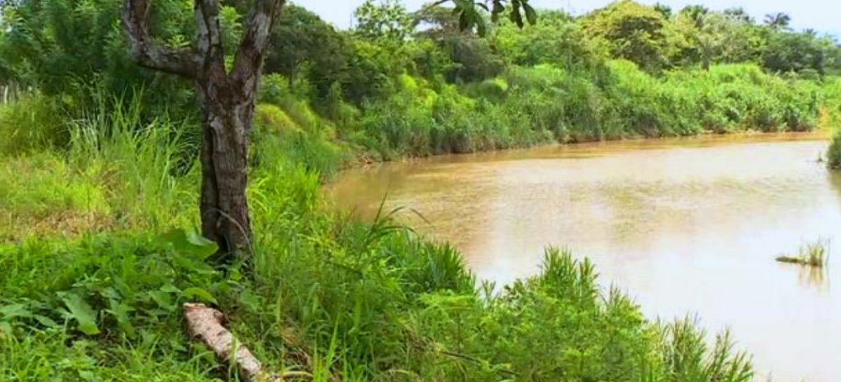 Hallan dos cadáveres en el río Pacora