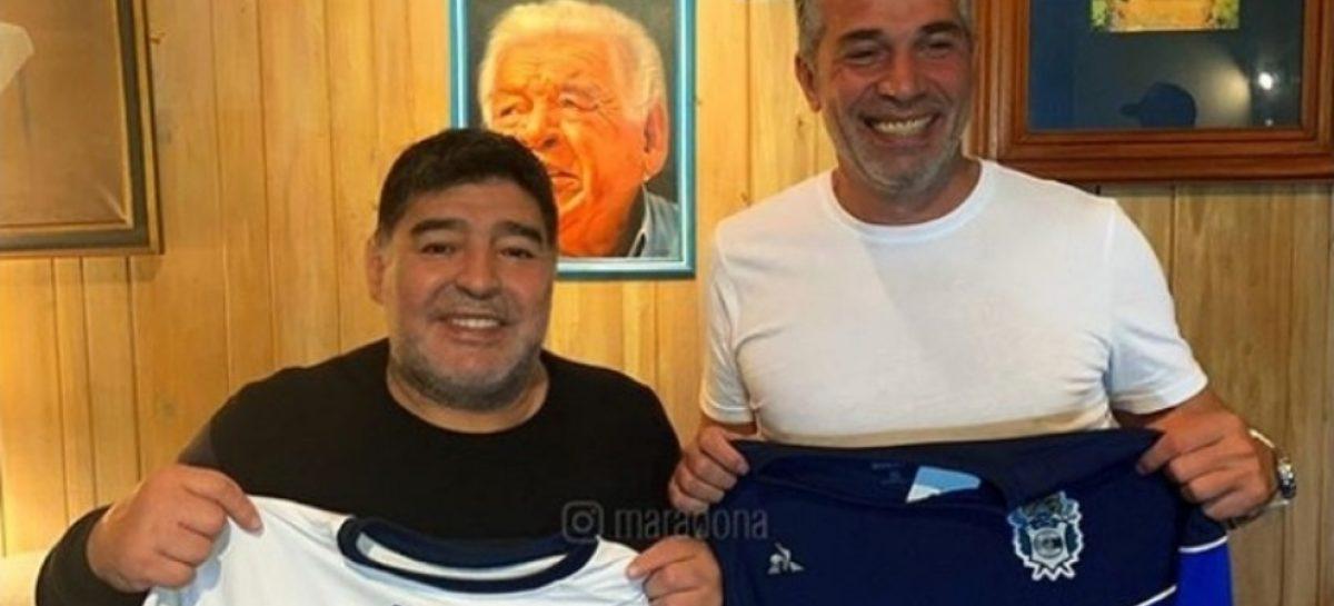 Maradona nuevo entrenador de Gimnasia y Esgrima La Plata