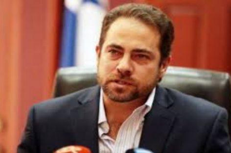 Etchelecu también se postuló para dirigir el Panameñismo