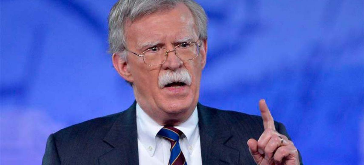 Políticos rusos consideran «positiva» la destitución de Bolton