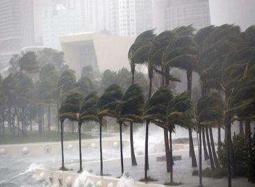 Sinaproc emite alerta por paso de Onda Tropical número 37