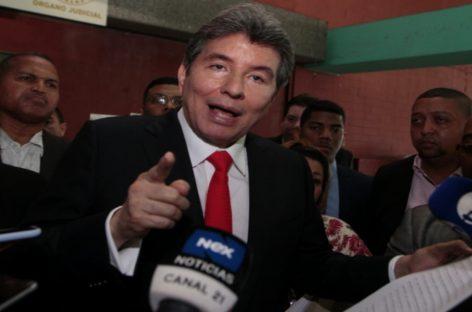 Moncada Luna dice que quiere demandar a Varela porque trató de «quitarle la vida» mientras estuvo en prisión