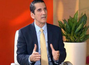 Roux pide discusión real de cambios constitucionales y advierte sobre Constituyente Paralela