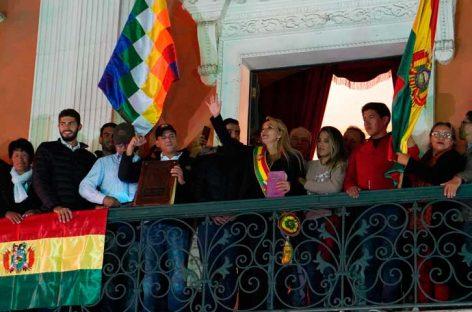 Tribunal de Bolivia aceptó presidencia interina de Jeanine Áñez
