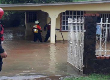 Sinaproc advierte que fuertes lluvias se extenderán hasta el sábado