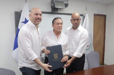 Cortizo sancionó la ley que crea el Sistema Nacional de Emergencias 911