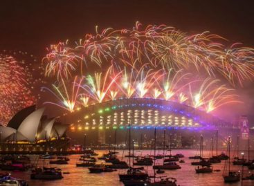 Sidney recibió 2020 en medio de una controvertida celebración de fuegos artificiales por los incendios