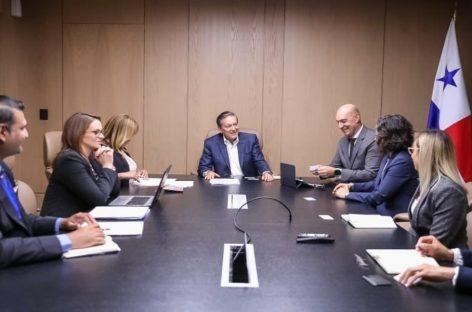 Cortizo anuncia que multinacional Roche Diagnostics se mudará a Panamá
