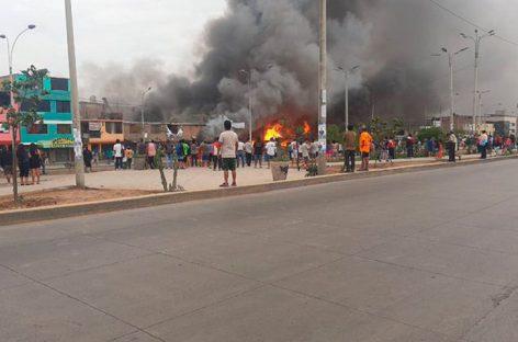 Explosión de camión con gas dejó un muerto y 50 heridos en Lima