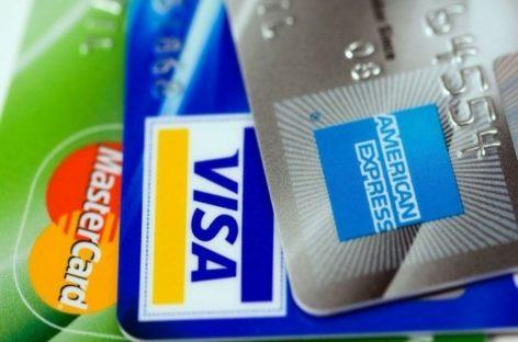 Expertos alertan sobre alto endeudamiento de panameños en tarjetas de crédito
