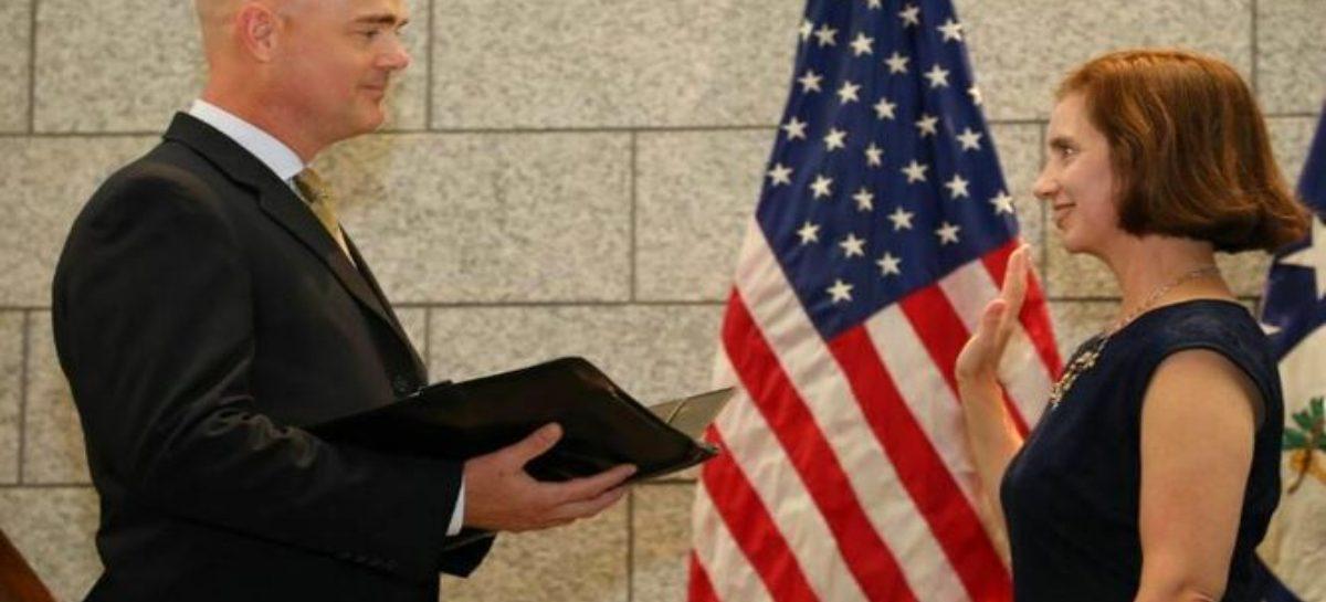 EEUU reemplazará a su encargada de negocios en Panamá