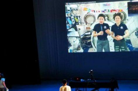 Astronautas de la NASA conversan desde el espacio con estudiantes de Panamá