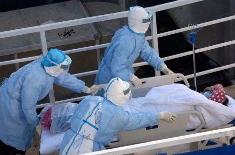 Aumentan a 490 los muertos por coronavirus en China