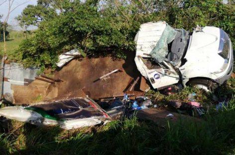 Un migrante muerto y 45 heridos tras volcarse un camión en México