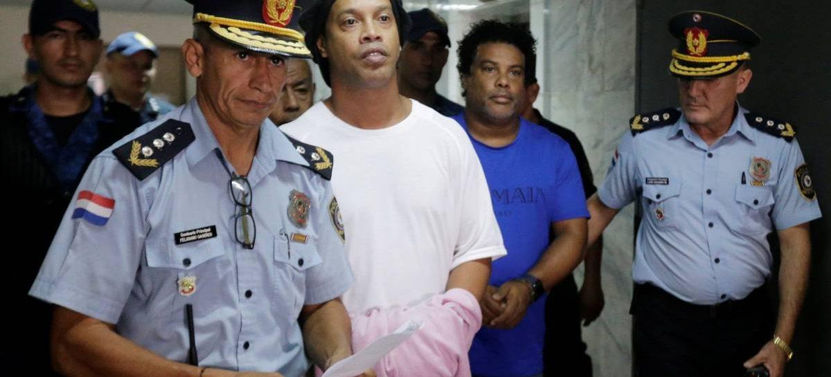 Ronaldinho preso en Paraguay por documentación falsa