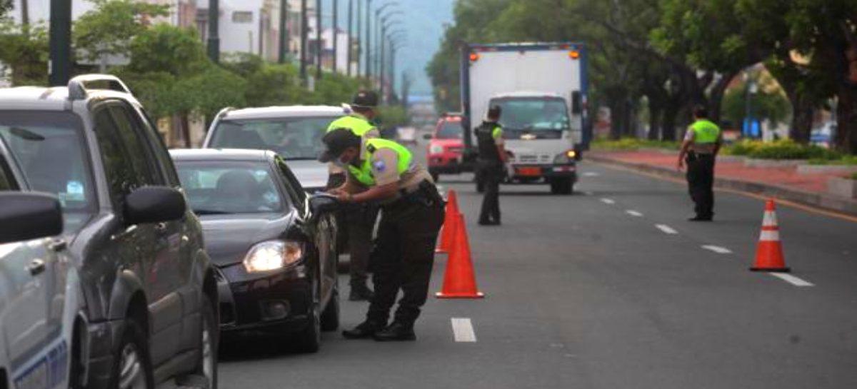 Policía Nacional aclara que los salvoconductos son solo para trabajar