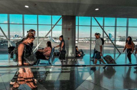 Cortizo ordena suspender salida y llegada de vuelos internacionales desde el 22 de marzo
