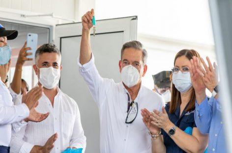 Cortizo entregó llaves del hospital medular que atenderá a pacientes con COVID-19