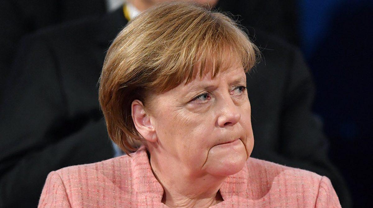 Merkel abandona la cuarentena domiciliaria tras varios tests negativos de COVID-19
