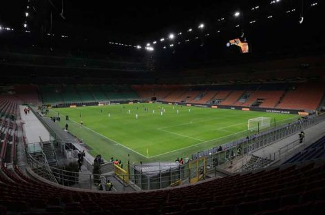 Jugadores y el técnico del Parma renuncian a un mes de sus sueldos