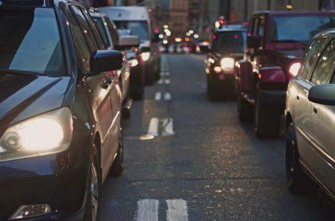 Pérdidas millonarias por caída de ventas de autos en el país