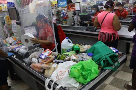 Efecto pandemia: Disminuye en 92% el consumo de alcohol, compra de ropa y aparatos electrónicos