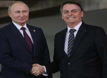 Bolsonaro y Putin acuerdan cooperar en la lucha contra el covid-19