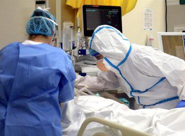 Al menos 440 miembros del personal de salud del país están contagiados con covid-19