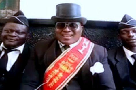 Los africanos protagonistas del meme del ataúd saludaron a Panamá